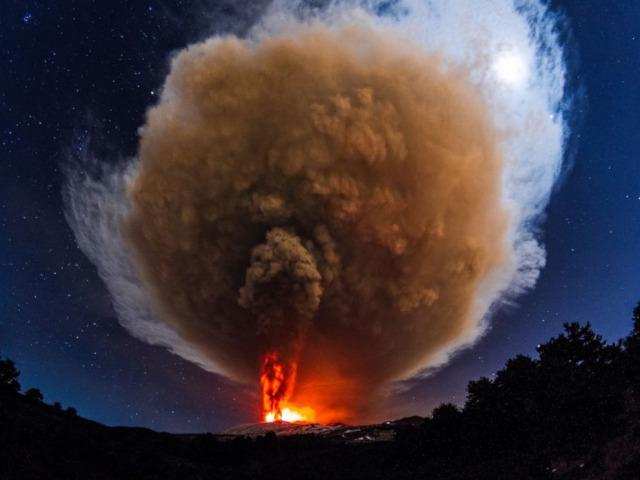 s_CB_etna_eruption_01_jc_151204_4x3_992