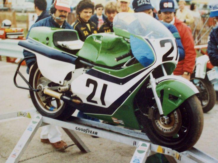 8e527284ffee7df4c6f8892d9d5b81c8--moto-racing-america