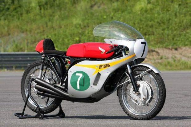 honda-rc166-1966-recall_800x533-620x413