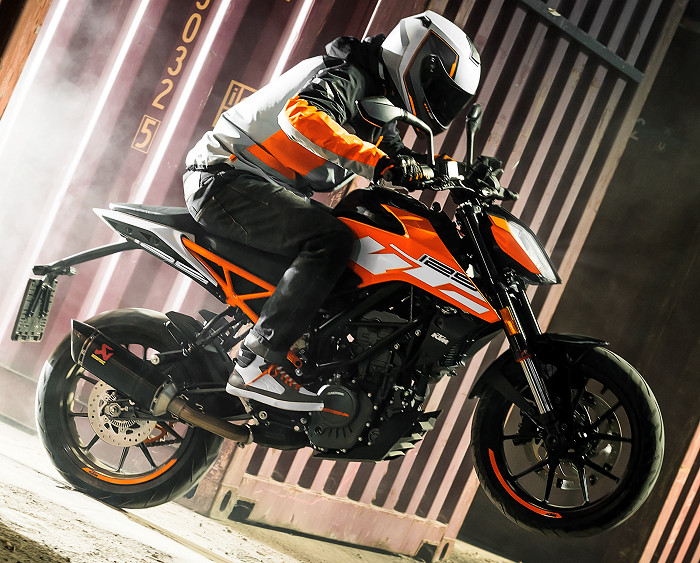 KTM-125-duke-2018-700px