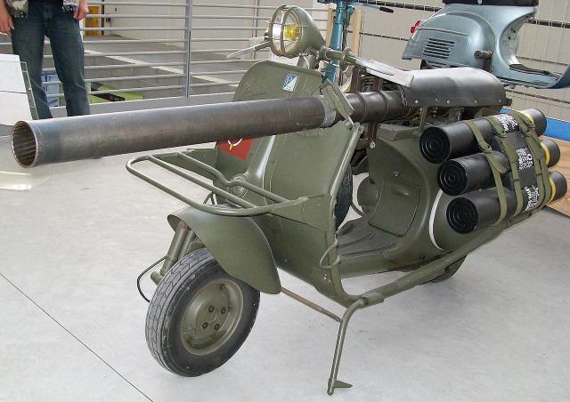 1280px-Vespa_militare2